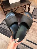 neue eva sandalen großhandel-Neue Farbe Paris Luxus Designer Sliders Herren Damen Sommer Sandalen Strand Rutsche Hausschuhe Damen Flip Flops Müßiggänger Himmelblau Chaussures