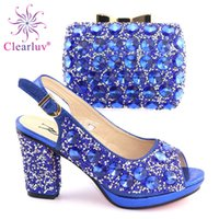königliche blaue schuhe für frauen hochzeit großhandel-Königsblau italienische Schuhe mit passenden Taschen Set mit Strass verziert nigerianischen Frauen Hochzeitsschuhe und Tasche Set High Heels