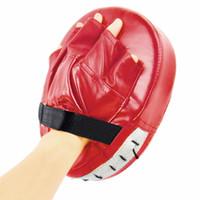 mma kırmızı boks eldivenleri toptan satış-Boks Spor Eldiven Muay Thai için Siyah Kırmızı Boks Eldiveni Pedleri Tay Kick Boks MMA Eğitim PU köpük boksör hedef Pad