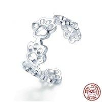 fußspuren klingelt großhandel-Yiwu beliebte hochwertige Sterling Silber kreative hohle Pfote Katze Hund Fußabdruck Öffnung verstellbaren Ring Zubehör Mädchen Geburtstagsgeschenk