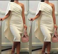 más el tamaño de té vestidos de fiesta al por mayor-Una envoltura de hombro Vestidos de baile con vestido de fiesta Cape Tea Length Plus Size Formal Homecoming Gowns 2019 Short Cheap Women Cocktail Dresses