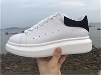 chaussures de sport bleues pour hommes achat en gros de-Luxe Pas Cher Designer Hommes Casual Chaussures Pas Cher Meilleure Qualité Hommes Femmes Mode Sneakers Parti Plate-forme Chaussures Velvet Chaussures Sneakers
