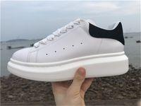 en iyi moda ayakkabıları toptan satış-Ucuz Lüks Tasarımcı Erkekler Rahat Ayakkabılar Ucuz En Kaliteli Erkek Bayan Moda Sneakers Parti Platformu Ayakkabı Kadife Chaussures ...