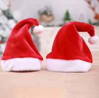 sombreros fedora rojos al por mayor-Gorros de navidad para adultos y niños color rojo Plush X'mas fiesta vacaciones accesorios sombrero proveedor de disfraces