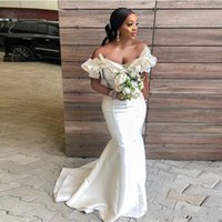 bridesmaid dress ruffle sleeve toptan satış-Güney Afrika Mermaid Gelinlik Modelleri Uzun Kapalı Omuz Ruffles Hizmetçi Onur Törenlerinde Saten Cap Kollu Artı Boyutu Düğün Konuk Elbise