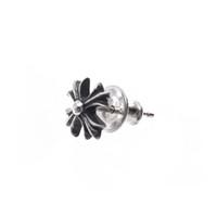 schwarze ohrringe großhandel-CH Kreuz Blume Ohrringe Stern mit Sterling Silber handgemachte Punk Hip Hop Segmentierung Retro Persönlichkeit Modeschmuck