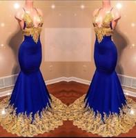 halter azul vestidos de noche largos al por mayor-Halter Vestidos de baile sexy Africanos Largo cuello en V profundo Apliques de encaje dorado Vestido de cóctel azul real Vestidos de noche sin respaldo