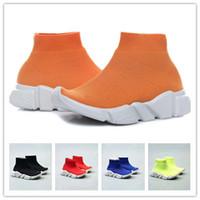 erkek kızlar gündelik beyaz ayakkabılar toptan satış-Moda Bebek Çocuk Çorap Çizmeler Çocuk Atletik Ayakkabı Slip-On Casual Flats Hız Eğitmen Sneaker Erkek Kız Yüksek Top Koşu Ayakkab ...