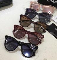 рыночная мода оптовых-Новый стиль солнцезащитных очков на рынке. Классические модные квадратные солнцезащитные очки.