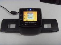 escáner de tarjetas usb portátil al por mayor-REDAMIGO 5MP 35mm Tarjeta SD portátil Escaneo de película Escáneres fotográficos Visor de diapositivas de película negativa Escáner monocromo USB MSDC EC717-U