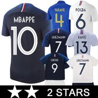 Maillot France 2018 World Cup Champions Maillot De Foot Avec La 2 Me étoile Soccer Jersey Nouveau 2018 Griezmann Mbappe Coupe Du Monde Maillots Pogba