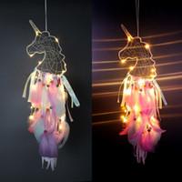 carillons éoliens led achat en gros de-4 couleurs LED vent carillons licorne fait à la main Dreamcatcher plume pendentif Dream Catcher Creative Hanging Craft souhait cadeau décoration de la maison C6756
