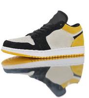 ingrosso scarpe da basket a basso prezzo-Scarpe da basket in oro rosa scamosciato beige da università, scarpe casual alla moda da uomo, prezzi convenienti per gli uomini