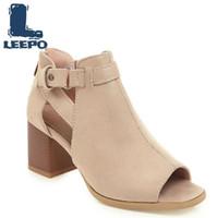 туфли на высоком каблуке черное лето оптовых-LEEPO Shoes Woman Летние ботильоны для женщин Peep Toe Высокие каблуки Перфорированные сапоги Женские черные пинетки Женская обувь больших размеров