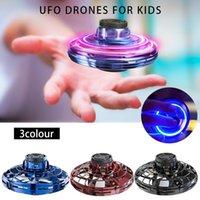 flash gyro venda por atacado-Voar Helicóptero Mini Drone UFO flash dedo Atualize Toy Voo da Aeronave Gyro Indução RC Drone USB para Adult Kid