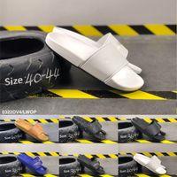 männliche weibliche sandale großhandel-Beste Mode 2019 Schwarz Weiß Blau Mens Womens Sommer Peep Toe Hausschuhe Luxus Designer Weibliche Männliche Sandalen Indoor Flache Dias Größe 36-44