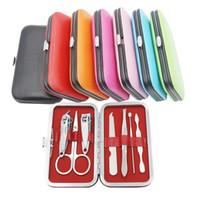 pc messer gesetzt großhandel-7 PC Nagelknipser Kit Schere Pinzette Messer-Ohr-Pick-Dienstprogramm Maniküre-Satz-Nagel-Maniküre-Set Werkzeuge RRA2322