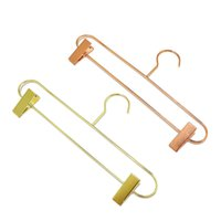 roupas racks para carros venda por atacado-Estilo nórdico Subiu de Metal de Ouro Calças de Ferro Cabide Rack de Calças Saia Roupas Clipe Stand Cabide ZC0321