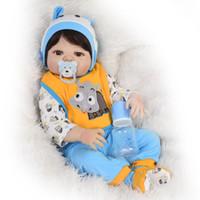 ingrosso bambola reale bianca-57 CM Pieno Corpo Morbido Silicone Reborn Baby Doll Bagno Giocattoli Realistici pelle bianca fatti a mano carino Bebe Real Reborn bambola Boneca vendita calda