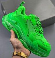 caixas transparentes venda por atacado-2020 Paris Triple S Limpar Sole Verde Branco Tripler Mens Designer Running Shoes Baixa Plataforma Sneakers Triple-S Mulheres esportivos de luxo sapatos do pai