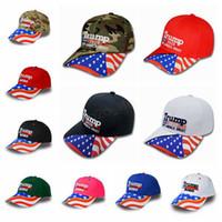 dış mekan şapkaları kamuflaj toptan satış-Donald Trump 2020 Beyzbol Şapkası Amerika Büyük Tekrar Yapmak şapka Yıldız Şerit ABD Bayrağı Kamuflaj spor Açık kap LJJA2850