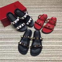 zapatillas bohemias al por mayor-Nuevo diseñador de sandalias para mujer Sandalias de moda Zapatillas de diamantes bohemias Mujer desgastes Sandalias de playa de verano Tamaño 35-40