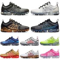 futuro de oro al por mayor-Nike air vapormax 2019 Air Running shoes hombres mujeres negro blanco Metallic Gold cojín plano para hombre zapatillas deportivas zapatillas de deporte zapatillas de deporte