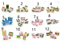 ingrosso bambino miniatura della bambola della casa-Simulazione in stile 12 Mobili in legno in miniatura Giocattoli DollHouse Set di mobili in legno Bambole Baby Room per bambini Gioca Mobili giocattolo per bambole L