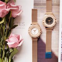 moda de jade blanco al por mayor-Nuevos relojes de cuarzo de 40 mm. Relojes de pulsera de acero inoxidable para hombre. Nuevos relojes de diseñador de moda. Dial negro / blanco.