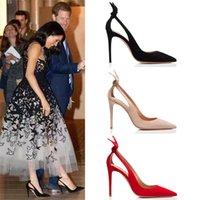 zapatos de diseño mariposa al por mayor-Tacones altos de mujer Primavera Otoño Stiletto puntiagudo Negro Rojo Vestido sexy Bombas Celebrity Solid Hollow Out Butterfly Knot Design Shoes
