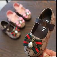 menino menina net venda por atacado-Sapatos novos com mola Net respirável Meninos Moda Sneakers Chaussure Led Enfant esporte funcionar Meninas Calçados