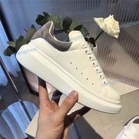 sapatos masculinos sola venda por atacado-Nova Temporada Sapato de grife de Moda de Luxo Mulheres Sapatos de Couro dos homens Rendas Até Plataforma Sapatilhas Exclusivas de Sola Branco Preto Sapatos Casuais Com Caixa