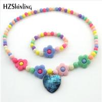 collier de perles de verre coeur bleu achat en gros de-Bleu arc en ciel coloré coeur pendentif collier fait main en verre dôme fleur étoile perle bijoux pour cadeau d'anniversaire de Noël