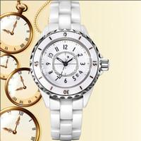 kadın beyaz kol saati toptan satış-YENI En Kaliteli Kadın Saatler Beyaz Kadın Seramik İzle Womens Siyah Moda Kuvars Bayan Saatler datejust Saatı Üst İsviçre İzle
