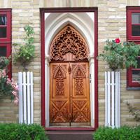 islamische aufkleberkunst großhandel-2 teile / satz 3D Islamischen Stil DIY Tür Kunstwand Aufkleber Simulation Holztür Wandaufkleber selbstklebende PVC Schlafzimmer Dekor Poster