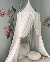 палатки для девочек оптовых-Ins Nordic хлопок новорожденных девочек украшения комнаты шары помпон дома москитная сетка круглая кроватка сетка палатка дети балдахин шторы wn619