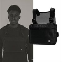 ombros táticos venda por atacado-Harness Peito Rig Saco Hip Hop Streetwear Tático Preto Peito Rig Molle Funcional Saco Da Cintura Dos Homens À Prova D 'Água Cross Shoulder Bags