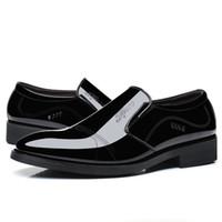 spitzen männer schuh großhandel-Heißer Verkauf-Patent PU-Leder-Schwarz-Hochzeits-Schuh-Oxford-formale Schuh-Art- und Weisemann-Geschäfts-Kleid-Müßiggänger-spitze schwarze Schuhe 47,48