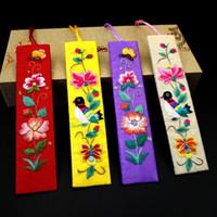 traditionelle tuchstile großhandel-Traditionelle Chinesische Geschenk-Art-Stickerei-Lesezeichen-Stoff-Tuch-chinesischer Knoten-Bookmarker-Parteibevorzugung Freies Verschiffen 40pcs