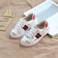 deporte chaussure led al por mayor-los zapatos para niños 2019 nuevo diseñador de los niños del niño del bebé salvajes niños y niñas de alta calidad shoes8 moda casual