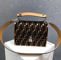 Wholesale small faux leather crossbody bag online - 2018 Hot Sale Fashion  Vintage Handbags Women bags 82a42b4f23