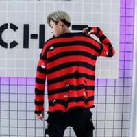 ingrosso cime rosse sciarpa rosse-Maglione con foro nero strappato Hip Hop Men Streetwear Maglione lavorato a maglia oversize ampio maglione Pullover autunno Coppia Top