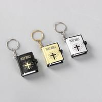 i̇ncil kitapları toptan satış-Mini İncil Kitap Asmak Moda Kadın Çantası Pandent Anahtarlık Kolye Anahtarlık takı İngilizce İncil Anahtarlık En Iyi Noel Hediyesi 3 Renkler M460A