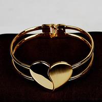 hermosas manos pulseras al por mayor-Pulsera brazalete de mujeres de la manera elegante brazalete hermoso tono de oro pulsera brazalete pulsera de la mano del corazón de Bling encantos de la cadena pulseras