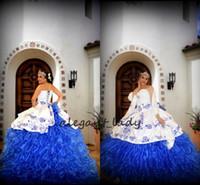 vestidos de debutante azul blanco al por mayor-Blanco bordado azul real vestidos de quinceañera 2019 vestido largo vestido de bola Debutante Vestido de 15 nos vestido de quinceañera mexicana