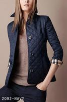 ingrosso giacche sottili imbottite per le donne-Hot Classic Women Fashion England Breve cappotto imbottito in cotone sottile / alta qualità Designer giacca per le donne Taglia S-XXL sci giù cappotti nero