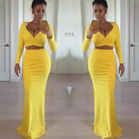 zwei sexy enge kleider großhandel-Sexy afrikanische schwarze Mädchen gelb Prom Kleider mit langen Ärmeln zwei Stück enge formale Abendkleider Partykleid billig