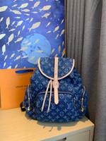 dağ çantası kadınları toptan satış-Lüks Erkekler ve kadınlar genel Tuval dana derisi omuz çantası, multi-fonksiyonel büyük sırt çantası, deri üretimi, dağ eğlence çantası