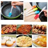 yağlıboya fırçalar toptan satış-Silikon Tereyağı Fırça kamp BARBEKÜ Pişirme Barbekü fırça Ekmek Yağı Fırçalar Kek Bakeware Mutfak Yemek Aracı boya BrushT2I5326
