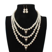 кристаллические треугольники оптовых-2019 New Bohemian Fashion Crystal Pearl Jewelry Sets Women Triangle Pendant Multi Layer Strand  Necklace Set Earrings Colar